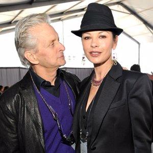 """Michael Douglas: """"Catherine Zeta-Jones se vio obligada a contar su enfermedad"""""""