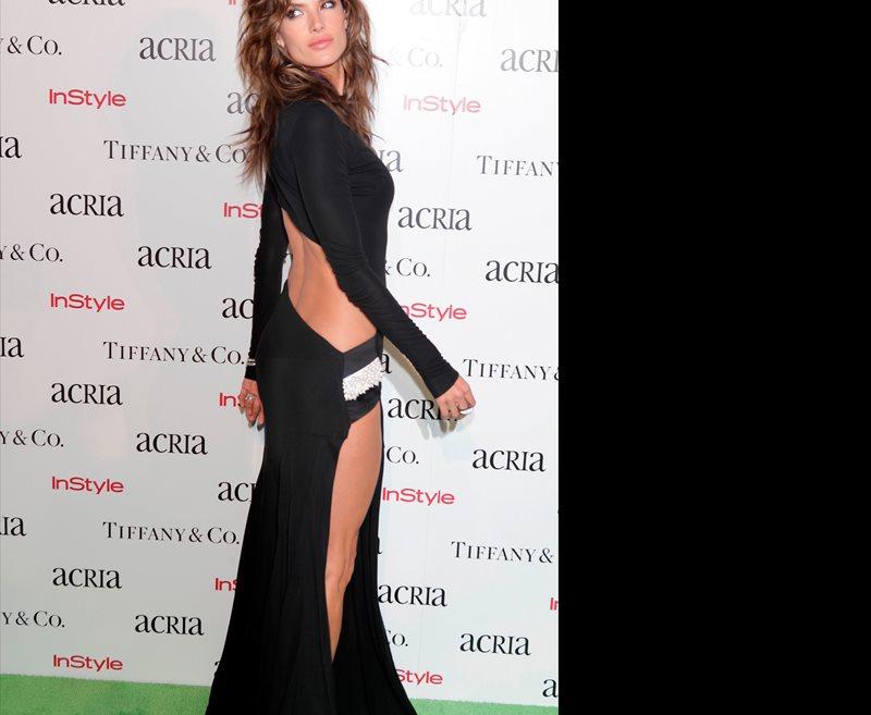 Sin ropa interior los looks m s arriesgados de la for Rihanna sin ropa interior