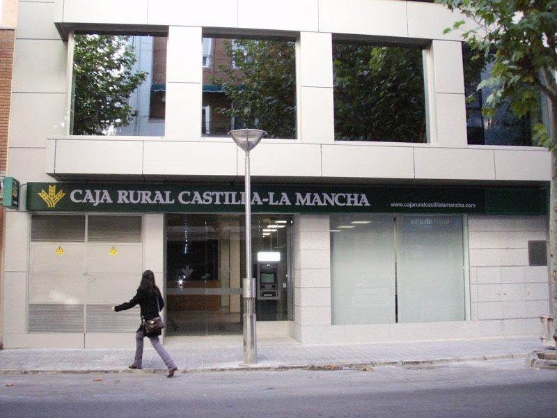 Caja rural castilla la mancha inaugura este martes su for Caja rural de teruel oficinas