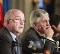 Almunia pide a Google más medidas correctivas para acabar con abuso de posición dominante