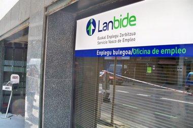 Foto: Euskadin 1.865 langabe gehiago zeuden otsailean, urtarrilarekin alderatuta (Europa Press)