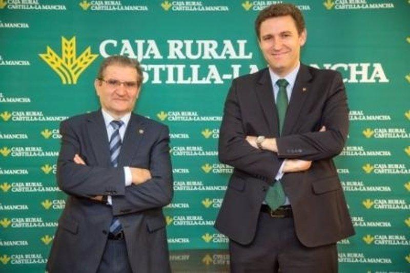 Caja rural cierra 2013 con millones de liquidez for Oficinas caixa burgos