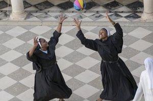 Foto: El baloncesto, deporte rey para las monjas de San Leandro (FEDERACIÓN ESPAÑOLA DE BALONCESTO)