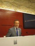 Foto: O alcalde de Santiago defende que o PP aprobe en solitario a reforma electoral (EUROPA PRESS)