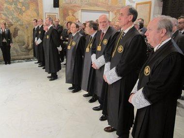 Foto: El Consell de Garanties avala toda la ley de consultas (Europa Press)