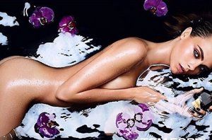 Foto: Tom Ford desnuda a Cara Delevingne para su fragancia 'Black Orchid' (INSTAGRAM )