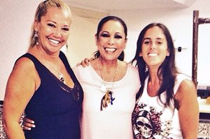 Foto: Belen Esteban, fiel seguidora de Isabel Pantoja en su concierto en Benidorm (INSTAGRAM)