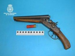 Foto: Detenido por amenazar a vecinos con una escopeta (EUROPA PRESS-POLICÍA NACIONAL)
