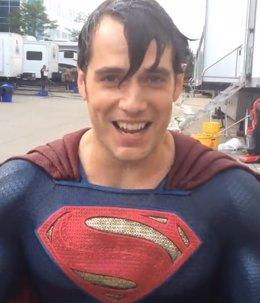 Foto: Superman, el superhéroe que más se moja contra el ELA en el Ice Bucket Challenge ( ICE BUCKET CHALLENGE)