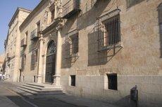 Foto: Vuit exdirectius de Caja Duero i Caja España, citats com a imputats per comercialitzar preferents (EUROPA PRESS)