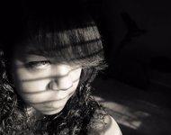 Joven triste, deprimida