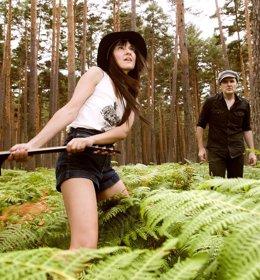 Foto: Amaral estudia demandar a la productora de su vídeo 'Hacia lo salvaje' por posible tráfico de tortugas (LA MAR DE MÚSICAS)