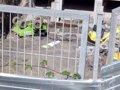 Foto: Obra bateko langile bat hil da Bilbon erabiltzen ari zen eraikin-kamioia irauli ondoren (EUROPA PRESS)