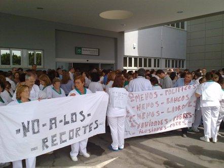 Foto: Comunidad Valenciana, Canarias, Murcia y Baleares, las CCAA con los peores servicios sanitarios en el último año (EUROPA PRESS/SATSE)