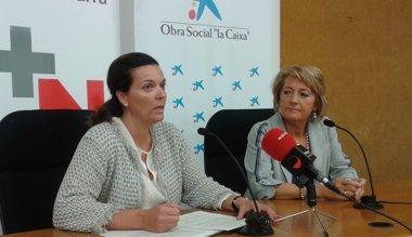 Foto: Destinan 1.500 euros a la Asociación Voluntariado del Hospital de Navarra (EP/LA CAIXA)