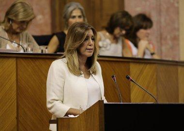 """Foto: Díaz denuncia """"acuerdos de trastienda"""" de Rajoy y Mas en perjuicio de Andalucía (EUROPA PRESS/PARLAMENTO ANDALUZ)"""