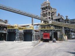 Foto: Economía/Empresas.- La CNMC registra las sedes de empresas de cemento y hormigón ante la sospecha de un cártel (OFICEMEN)