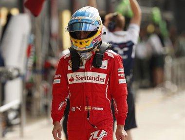 """Foto: Alonso: """"El podio es posible"""" (PHIL NOBLE / REUTERS)"""