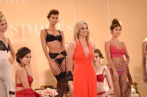 Foto: Britney Spears regala a Kate Middleton su colección de lencería (JAMIE MCCARTHY)