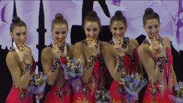 Foto: España revalida el título mundial en mazas (RFEGIMNASIA)