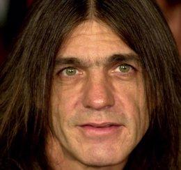 Foto: La familia de Malcolm Young confirma que el guitarrista de AC/DC padece demencia (GETTY IMAGES)