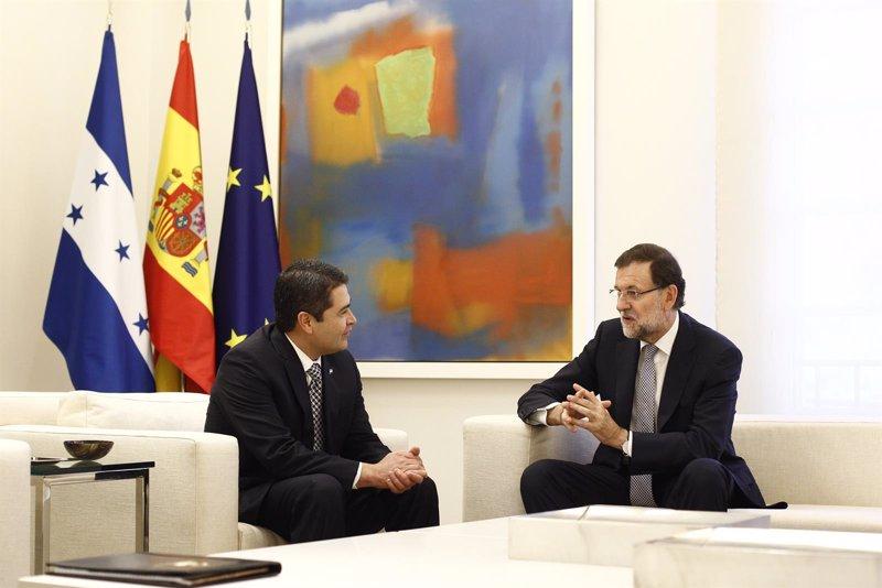 Rajoy y el presidente de Honduras repasan la situación en América Latina y la próxima Cumbre Iberoamericana