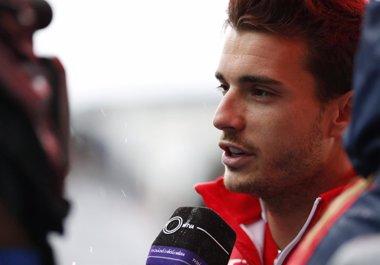 """Foto: Marussia muestra su """"sorpresa y enfado"""" por los rumores en torno al accidente de Bianchi (YUYA SHINO / REUTERS)"""