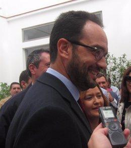 """Foto: El PSOE exige un """"protocolo de gestión humana"""" en las fronteras (EUROPA PRESS)"""