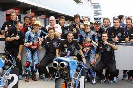 Foto: Àlex Márquez consigue una pole de récord en Moto3 (JAIME OLIVARES)