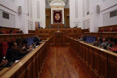 Foto: Las Cortes  podrían aprobar la reforma de los Convenios Colectivos (EUROPA PRESS)