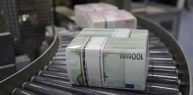 Foto: El Tesoro coloca 4.050 millones en letras a 3 y 9 meses, pero sube el interés (REUTERS)