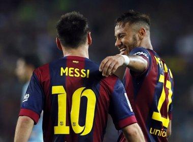 Foto: Messi y Neymar afinan antes del 'clásico' (REUTERS)