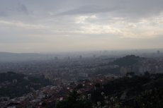 Foto: Municipis barcelonins hauran de crear zones 'lliures de contaminació' per a nens (EUROPA PRESS)