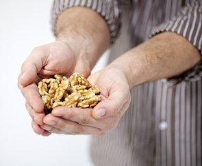 Foto: Una dieta enriquecida con nueces podría retrasar la aparición del Alzheimer y ralentizar su evolución (NUECES DE CALIFORNIA)