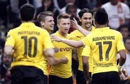 Foto: El Dortmund se gusta en Europa y el Arsenal salva el desastre (REUTERS)