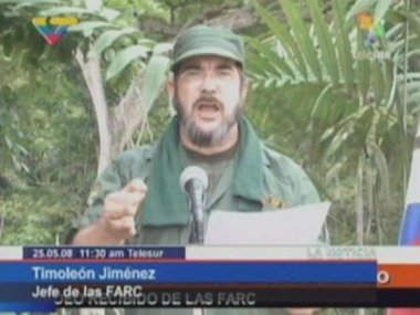 Foto: El líder de las FARC pide excluir al 'uribismo' del proceso de paz (HANDOUT . / REUTERS)