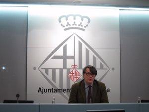 Foto: Barcelona limitarà l'aparcament de motos a Balmes (EUROPA PRESS)