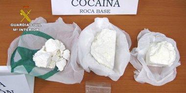 Foto: La Guardia Civil desmantela dos puntos de 'menudeo' de droga en Águilas y Cartagena y detiene a ocho personas (GUARDIA CIVIL)