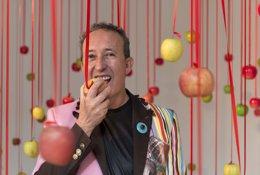Foto: Júlio Quaresma invita a un festí d'ironia, color i sensualitat a l'IVAM amb les seues 'Arqueologies comestibles' (IVAM)
