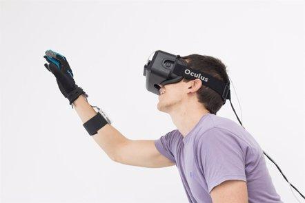 Foto: Desarrollan un guante que permite sentir objetos de realidad virtual (Europa Press/Neurodigital)