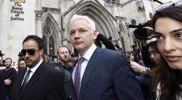 Foto: Un tribunal sueco rechaza la apelación de Assange contra su orden de arresto (REUTERS)