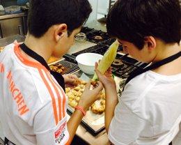Foto: El Hotel-Escuela Las Carolinas inicia sus cursos de cocina para aficionados (AEHC)