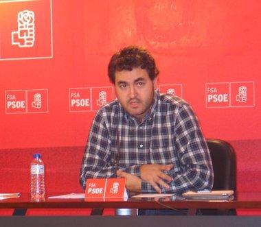 Foto: Jonás Fernández defiende la propuesta socialista de 400.000 millones de euros para el Plan de Inversión (FSA-PSOE)