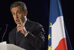 Foto: Sarkozy defiende que la Unión Europea devuelva la mitad de sus competencias (REUTERS)