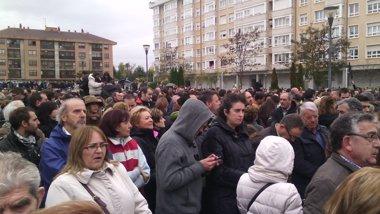 Foto: Miles de burgaleses arropan a los trabajadores (EUROPA PRESS)
