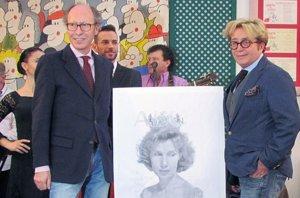 Foto: Homenaje de Victorio y Lucchino a la Duquesa de Alba (EUROPA PRESS)