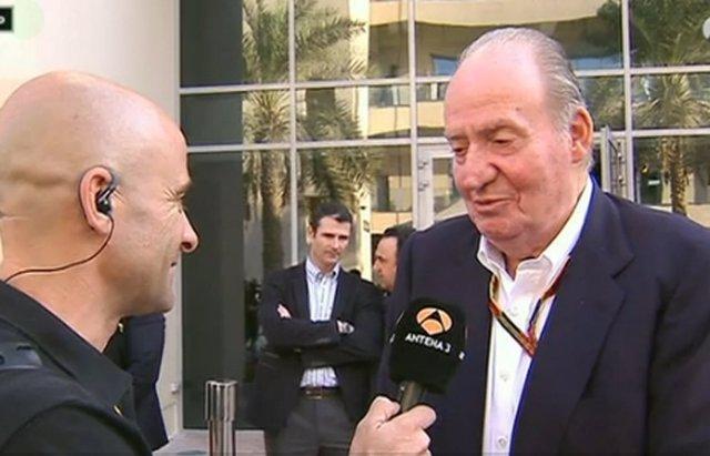 Foto: Don Juan Carlos 'se va de la lengua' y revela el futuro de Fernando Alonso (ANTENA 3)