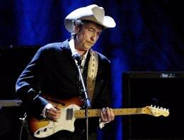 Foto: Bob Dylan da un concierto exclusivo para un único y sorprendido fan (ROBERT GALBRAITH / REUTERS)