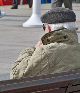 Foto: El 24,2% de hogares asturianos se sustenta por los ingresos de un pensionista (EUROPA PRESS)