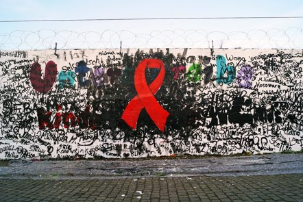 Foto: Los nuevos diagnósticos de VIH aumentan un 80% en Europa en los últimos 10 años (FLICKR/ALEKS VAN SPUTTO)